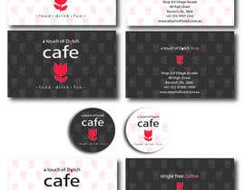 "nº 17 pour Design of 2 business cards, a ""Free Coffee"" card and a sticker logo par LillyPetrova"