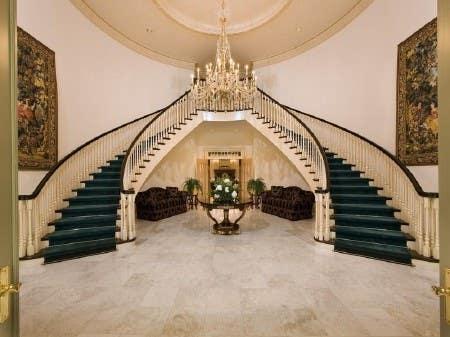 name for luxury real state webpage için 35 numaralı Yarışma Girdisi