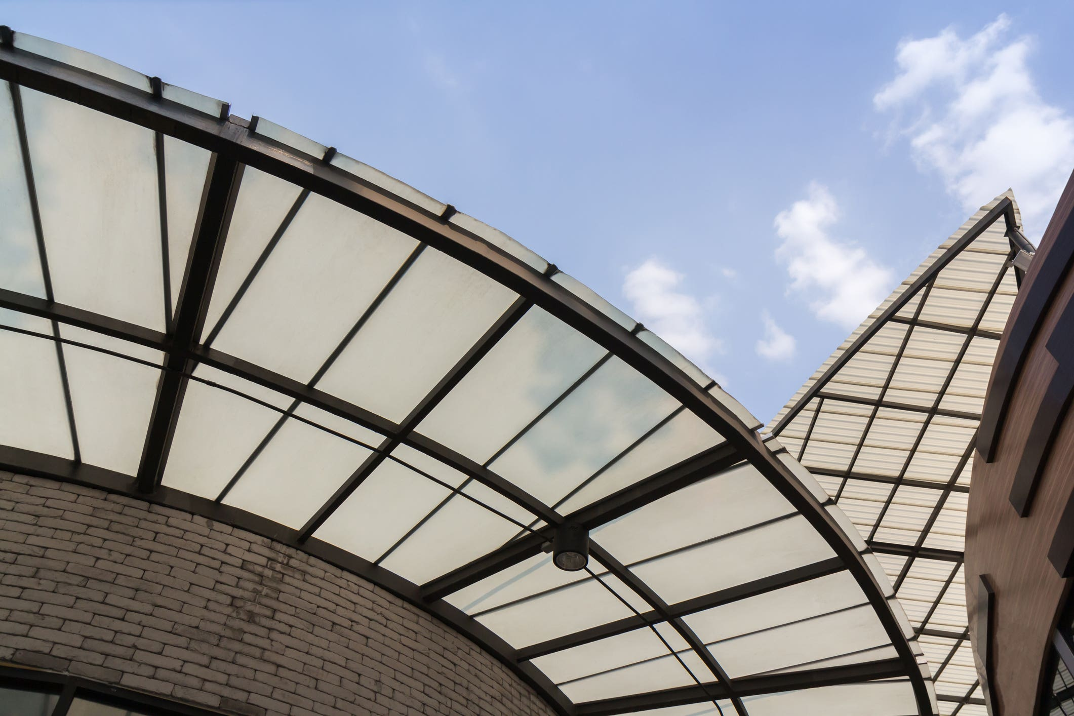 Translucent polycarbonate roofing
